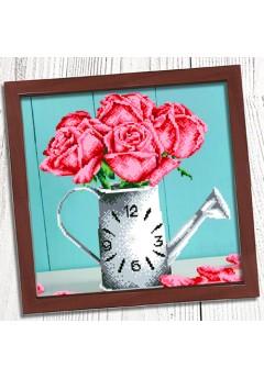 Годинник для вишивки бісером *Ваза з трояндами* (005)