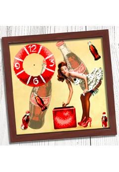 Годинник для вишивки бісером *Пін ап* (014)